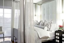 Bedrooms / by Deirdre Brodie