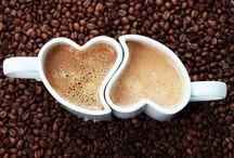 Café ...brasileiro, claro!!! O melhor!!!
