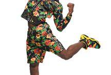 ADIDAS x JEREMY SCOTT, Spring Summer 2014 / Jeremy Scott & Adidas, c'est finalement une grande histoire d'amour ! Pour l'été 2014, le fruit de cette nouvelle collaboration est une collection haute en couleurs.  http://lesgarconsenligne.com/2014/01/25/adidas-x-jeremy-scott-un-ete-2014-en-couleurs/