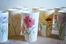 flowers: meanings, watercolors, decorated mugs / discover the meanings of essences of flowers, enjoy the colorfull watercolors and hand painted ceramic cups
