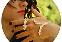 Unique Hand Jewelry