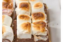 Gimme S'More / by Alanna Scully
