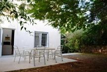 www.newhome4u.co.il. למכירה קוטג' בחדרה6 חדרים+מרתף כיחידה עצמאית  . / בית למכירה בשכונה טובה בחדרה,מדרחוב שקט, 240/500.6 חד' + מרתף כיחידה נפרדת.טל' 077-5305606
