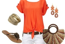Sacral Chakra {Style} / Adding orange to your wardrobe is balancing to the sacral chakra. #sacralchakra #chakras #everydaychakras