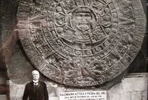 La Piedra del Sol Azteca.Mexico (Pineados) / Fotos antiguas de arqueología pineadas por: Old archaeology photos, famous discoveries  (Atelierul de istorie)