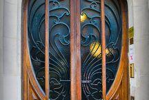 pintu 9