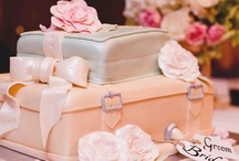 Cakes / Yummy and spectacular cakes for weddings and special events.