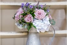 Wedding | Flowers / Beautiful flowers, bridal bouquets, buttonholes and everyday arrangements.
