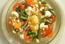 Na Cozinha - Saladas / legumes / Condimentos / by Kalidi