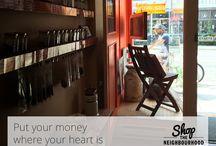 Mes achats, mon quartier / Mes achats, mon quartier, une initiative de Pages Jaunes. Le 29 novembre appuyez les petites entreprises de quartiers en magasinant localement.