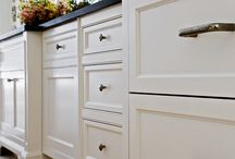 Kitchen- colors/cabinets/counters