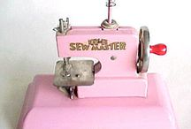 Toy Sewing Machines...Tiny Bliss