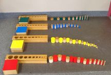 Montessori combinazioni con cilindrati colorati e incastri solidi