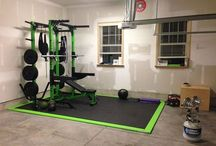 Home Powerlifting Gym