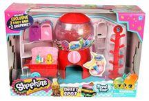 SHOPKINS / Obtenez la toute nouvelle collection de figurines Shopkins et camion Jeux et Jouets à vendre! Info@laboiteasurprisesdenicolas.ca 450-240-0007 Boutique jeux, jouets et passe-temps à St-Sauveur! www.laboiteasurprisesdenicolas.ca