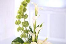 flower arrangements christmas
