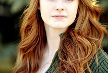 Faces: Women-Redheads