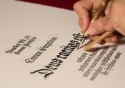 Art: Le tecniche degli artigiani / Le opere d'arte Fmr Art'è vengono prodotte attraverso la sapiente maestria di abili artigiani ed artisti contemporanei / by FMRArtE