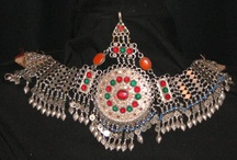 Belly Dance Headwear / Inspiration for you - some pictures of head wear that I have collected from the net over the last 10 years. I have been an avid right- click / saver and have my own private pin boards. I am sharing them now but I do not remember where I got all the pictures - there are thousands. If you are in any of them and want the picture linked to your web page then let me know where it is and I will repin with your link.