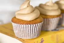 Cupcake Recipes / by Heather D'Ascheberg