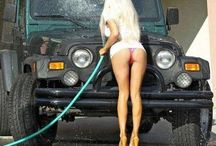 Funny Jeep & Girls