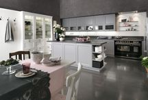KITCHEN / Traditional