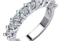 Wedding Rings / Great collections of wedding rings, wedding bands, diamond bands and wedding jewelry in Massapequa Long Island NY. Affordable prices. Visit us online now!