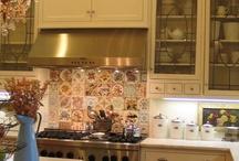 kitchen decor / by Italia Weeks