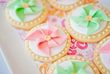 PARTY ON: Pinwheel party love. / by Tiffany Benson <PaperLaneDesign>