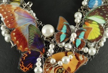 we love DRAMA / one of our favorite jewelry designers.....as well as our favorite looks