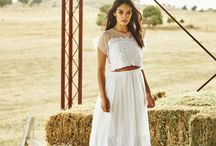 Wedding Dresses / Dun dun dun dun!