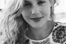 ABBIE CORNISH / Abbie Cornish born august 07, 1982 in lochinvar, australia