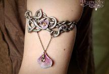 Wire Jewelry / by Brenda Stringham