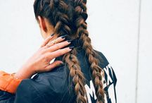 French braid ;D / Awesome braid for girls, come on! Learn how to braid hair!!!