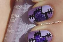 Nails, nails, nails / by Christina Gunn
