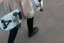 《skateboarding》