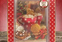 Christmas Craftaganza 2016 / Relive the nostalgic wonder of Christmas with the gorgeous Christmas Classics Luxury Topper Collection! The wonderful mixture of traditional Christmas scenes create stunning cards that reflect the true wonder of the festive season. The fantastically festive berry red and holly green colour palette beautifully showcase the classic theme of this collection.