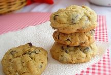 Cookies & Bars / by Ann Ruffinelli-Slattery