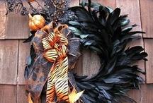 wreaths / by Jennifer Lee