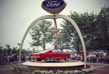 Ford Mustang 50 / Ford Mustang cumple 50 años. En 1965 subimos uno a lo más alto del Empire state Building de Nueva York. ¡Y lo volveremos a hacer!