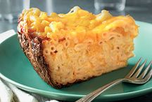 Slow Cooker Recipes / by Mailisia Lemus