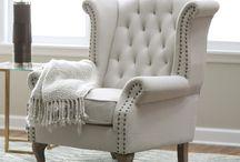 Sofás y muebles