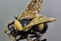 || bee jewelry || / buzz - curated by, www.littlebirdtoldyou.com
