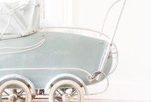 antieke kinderwagens / by ig van manen