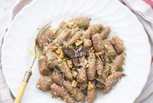 Pasta, gnocchi e dintorni / by Mirella R.