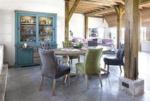Wooncollectie Le Port / Deze landelijke wooncollectie is gemaakt van acacia hout in de kleur weathered grey. De oppervlakten van deze meubels zijn handmatig oud gemaakt, hierdoor ontstaat er een 'vintage' look. Deze serie heeft veel decoratieve elementen. De keuze uit de verschillende kleuren frontjes maakt het helemaal af! Neem snel een kijkje!