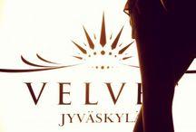 VELVET Jyväskylä / Kauppakatu 19 B 40100 Jyväskylä Finland +35820 7344 919 jyvaskyla@velvet.fi