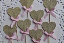 12 Heart cupcake toppers. Gold Glitter