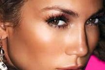 Make-up / by Fernanda Matos-Cruz