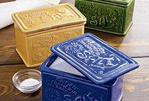 Salt,Pepper,& Sugar Shakers,Grinders,and Boxes / by Ruth Brusuelas